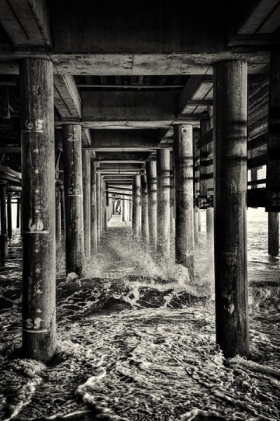 <h5>Santa-Monica-Pier-California</h5>