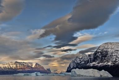 <h5>Karrat-Fjord-Greenland-D4S3181</h5>