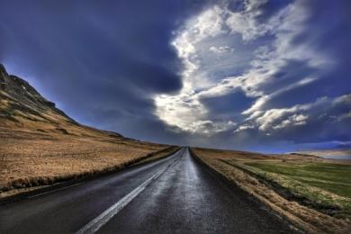 <h5>Iceland-Road-58666-e1451961982827.jpg</h5>