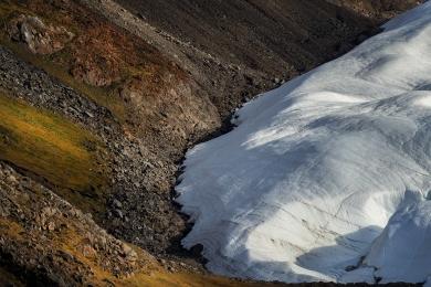 <h5>Brother John Glacier Etah</h5>