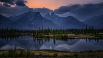 <h5>Lake Jasper, Alberta</h5>